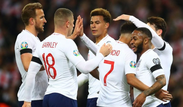 Wembley e Inglaterra se rindieron ante Raheem Sterling
