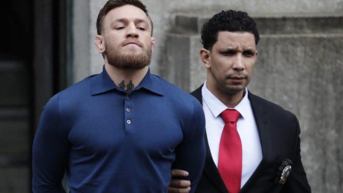 McGregor anuncia su retiro