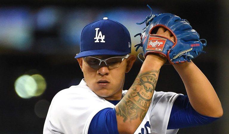 Julio Urías es colocado en Licencia Administrativa por la MLB