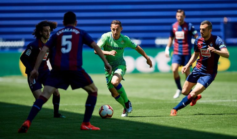 Betis, con Guardado y Lainez, sigue en caída libre; Ochoa y el Standard cayeron ante Anderlecht
