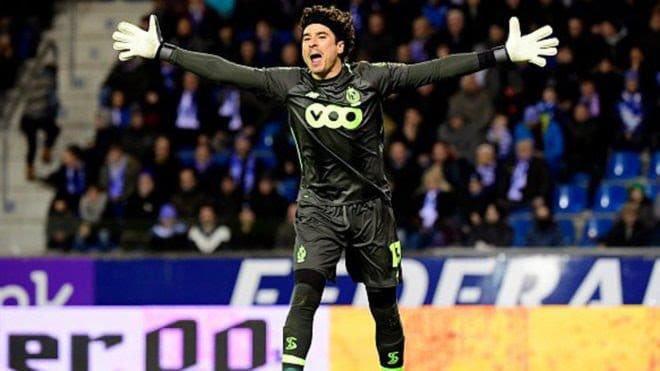 Guillermo Ochoa se despide del Standard de Lieja con un empate