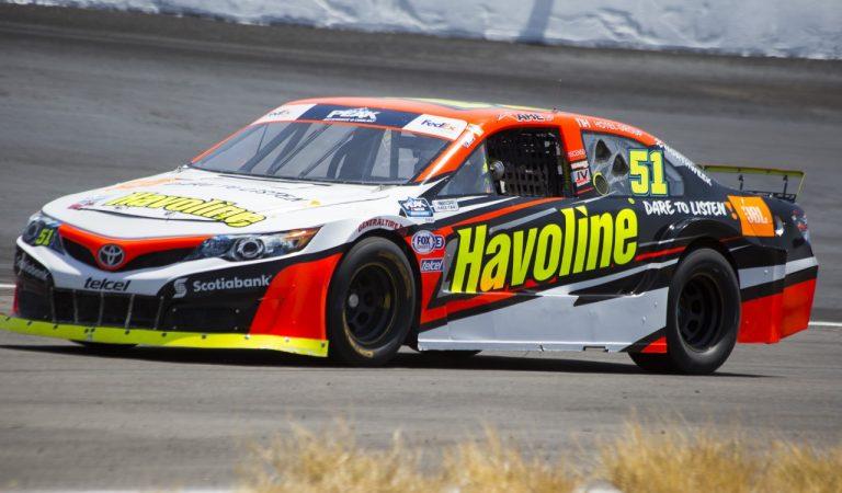 Jake Cosío logra su segundo top 10 consecutivo en la NASCAR Peak, en Puebla