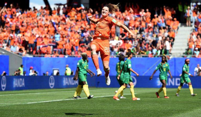 Holanda mantiene paso perfecto en el Mundial Femenil