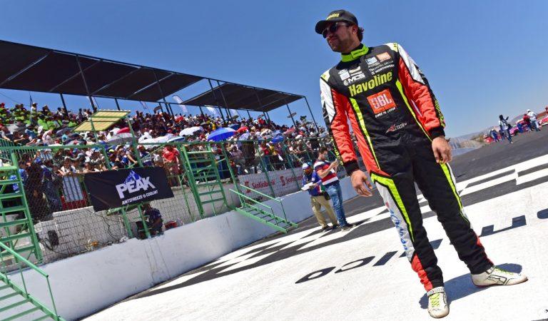 Jake Cosío apunta a otro buen final en el circuito de Puebla por la NASCAR Peak