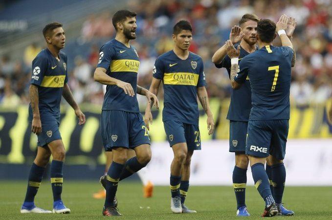 Boca Juniors se impone a Chivas en el cierre de la Colossus Cup