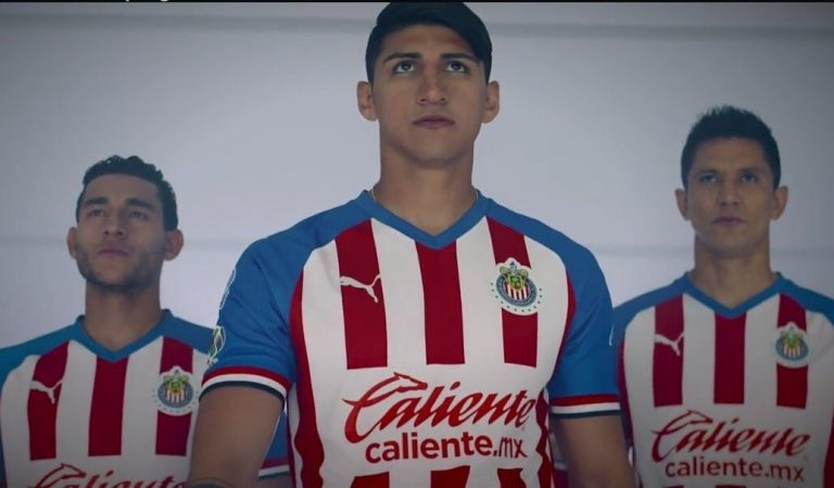 América y Chivas revelan sus nuevos uniformes para el Apertura 2019