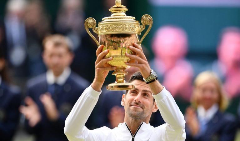 Novak Djokovic conquista Wimbledon en un duelo de época