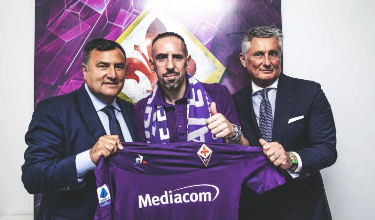 "Fiorentina oficializa la firma de un fichaje de ""lujo"""