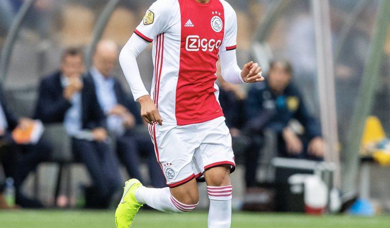 Edson Álvarez ya debutó oficialmente con el Ajax