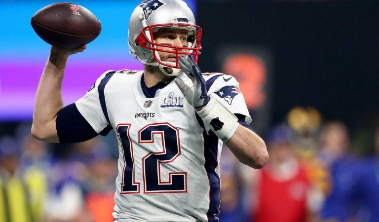 Tom Brady renovó contrato con los Patriots