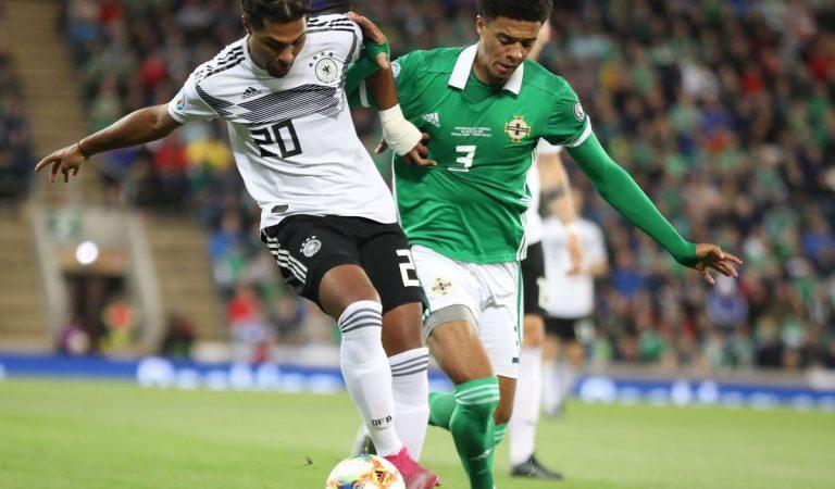 Alemania y Holanda ganaron sus respectivos duelos en las eliminatorias para la Eurocopa