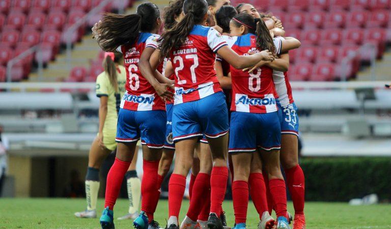 Chivas se lleva el primer Clásico Nacional Femenil de temporada regular