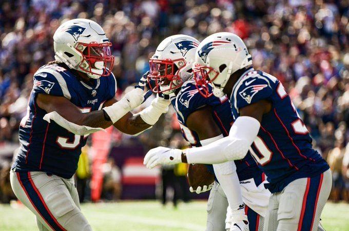 New England aplasta a los Jets para seguir invictos