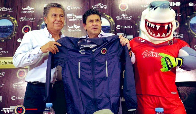 Raúl Arias es presentado como nuevo vicepresidente deportivo del Veracruz