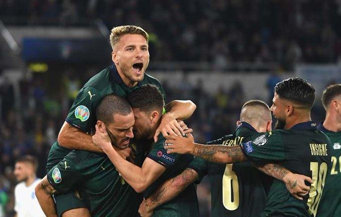 España se complica e Italia se apunta para la Euro 2020