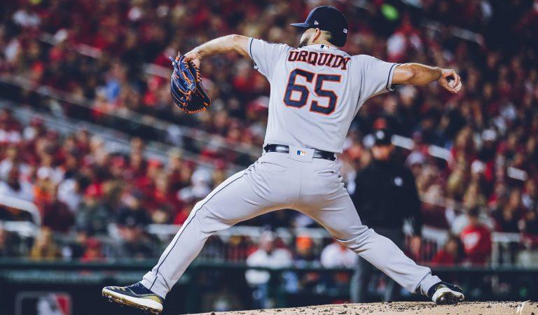 José Urquidy iguala la Serie Mundial para los Astros de Houston