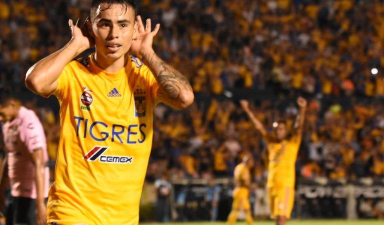 Veracruz sobrevive en León y Tigres aplasta a Santos