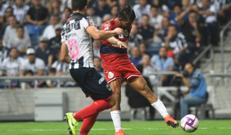 Mohamed regresa al banquillo de Rayados con empate ante Chivas