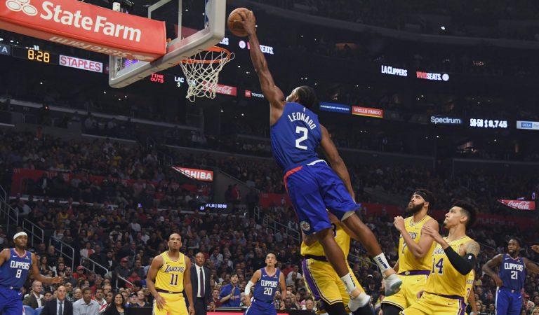 Kawhi Leonard le roba el show a los Lakers de Lebron/Davis