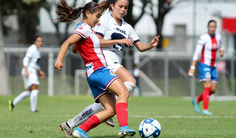 Chivas Femenil no pasa del empate ante Pumas