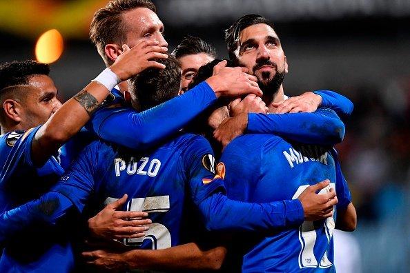 Sevilla gana sin Hernández y PSV Eindhoven cayó con Gutiérrez en la cancha