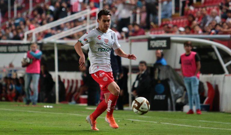 Necaxa se acerca a semifinales tras golear a Querétaro