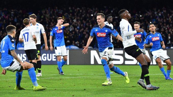 Napoli avanza a octavos de final y Ajax queda eliminado de la Champions League