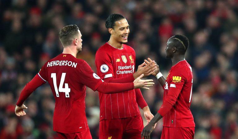 Wolverhampton cae contra Liverpool con polémica incluida