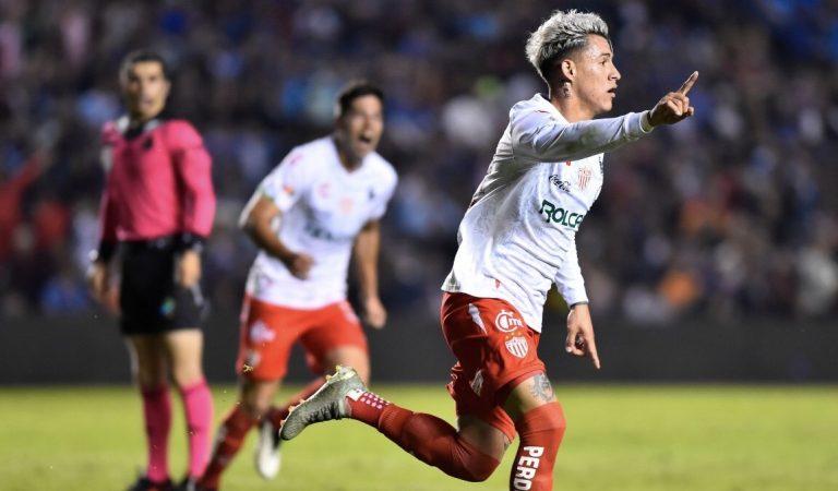 Cristian Calderón llega a Chivas; Alan Cervantes con destino a Torreón