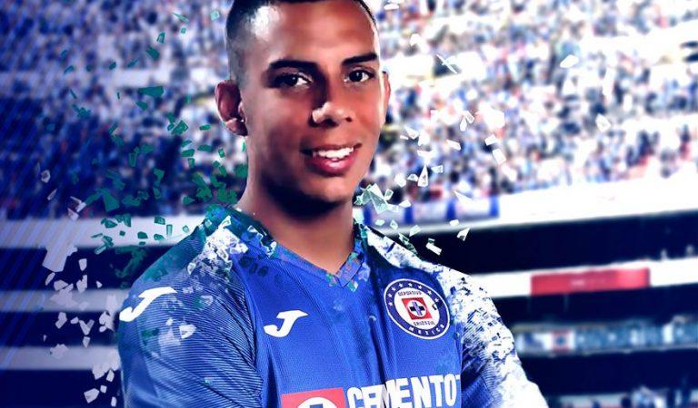 Oficial: Alex Castro es nuevo jugador de Cruz Azul