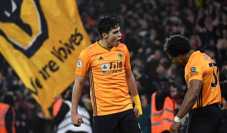 Raúl Jiménez concretó un golazo en la derrota del Wolverhampton frente al Liverpool