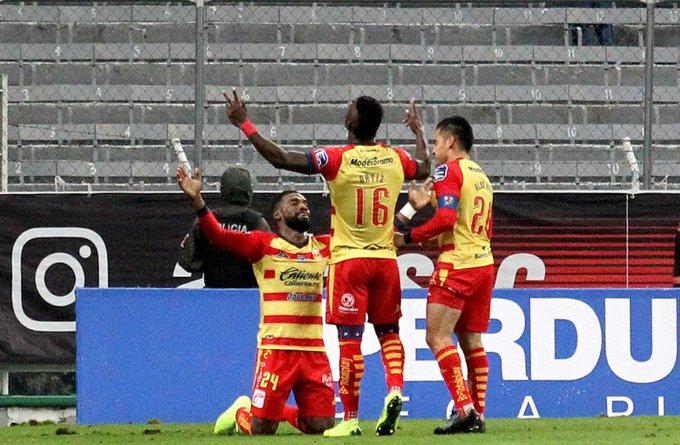 """La """"Monarquía"""" arruina el debut de Puente en Atlas"""