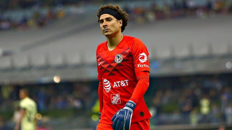 Miguel Herrera desmiente que la directiva le imponga a Ochoa sobre Jiménez en la portería del América