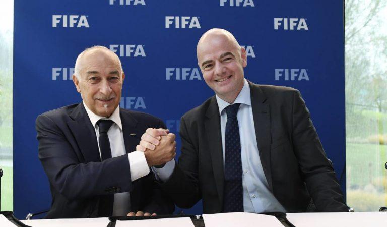 FIFA ayudará a futbolistas que sufren de adeudos