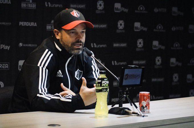 Rafael Puente destacó más cosas buenas que malas tras la derrota del Atlas ante Chivas