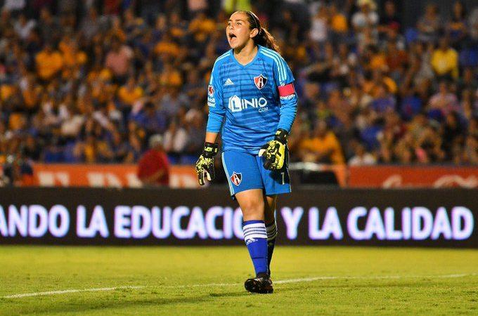 """""""Cuando regrese el futbol, todos lo haremos en las mismas condiciones"""": Ana Gabriela Paz"""