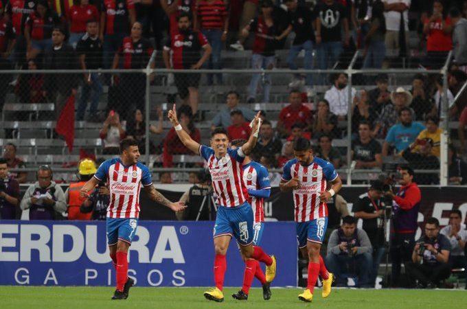 Chivas propone trato para el regreso del futbol mexicano