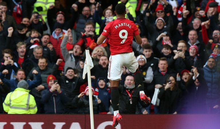 Chelsea se afianza en puestos de Champions y Manchester United se lleva el derbi de la ciudad