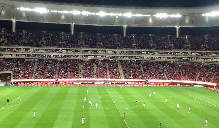 Las Chivas mantienen su partido con público ante Rayados el sábado