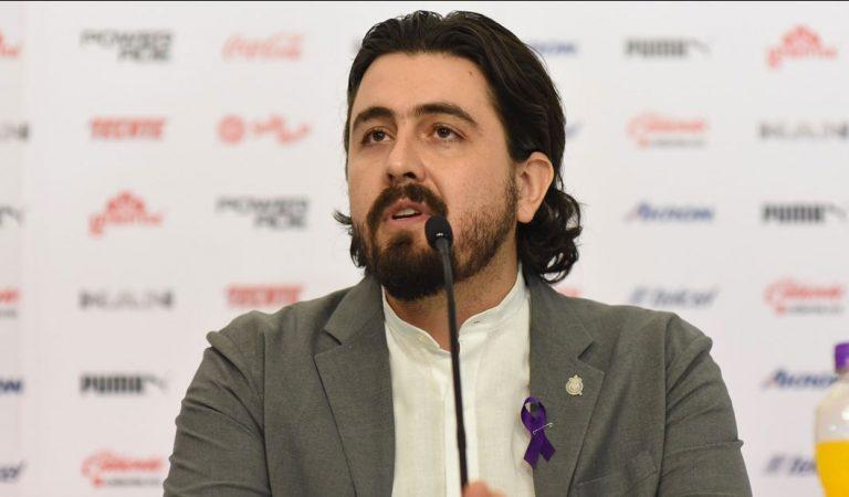 Amaury Vergara ofrece sus instalaciones en ayuda por el Covid-19