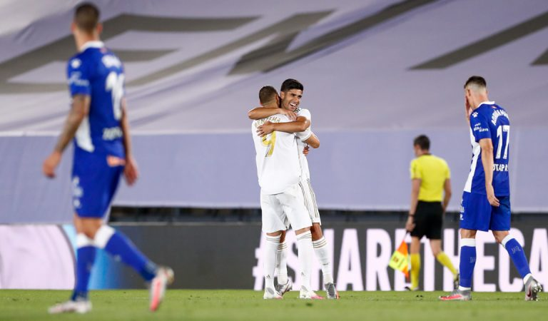 Real Madrid mantiene el liderato de LaLiga con la victoria frente al Alavés