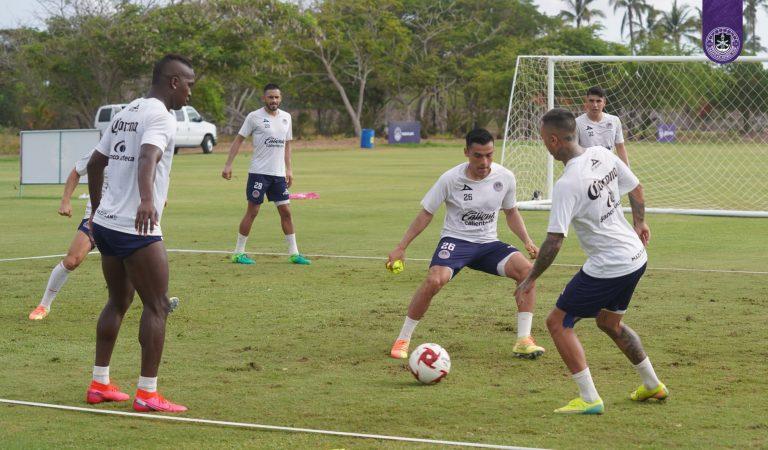 El Mazatlán FC presenta su primer uniforme