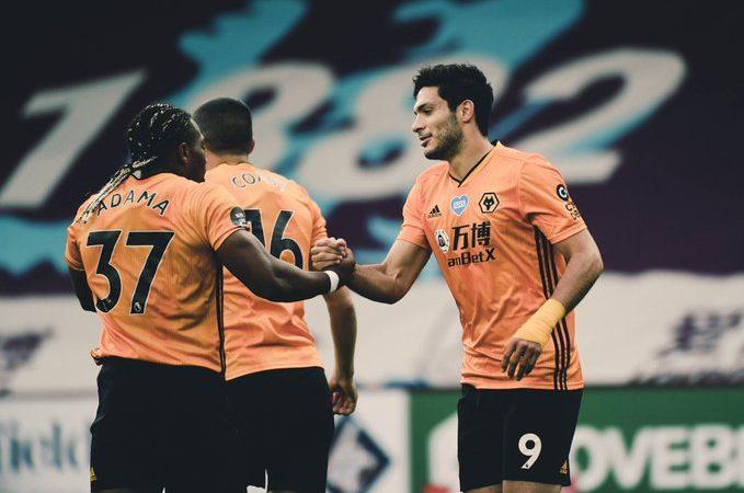 Burnley de último minuto le empata a los Wolves a pesar de otro gol de Jiménez