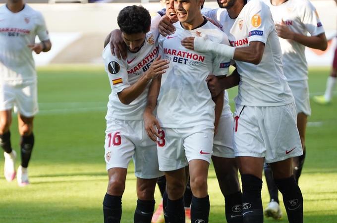 Sevilla deja en el camino a Roma en la Europa League