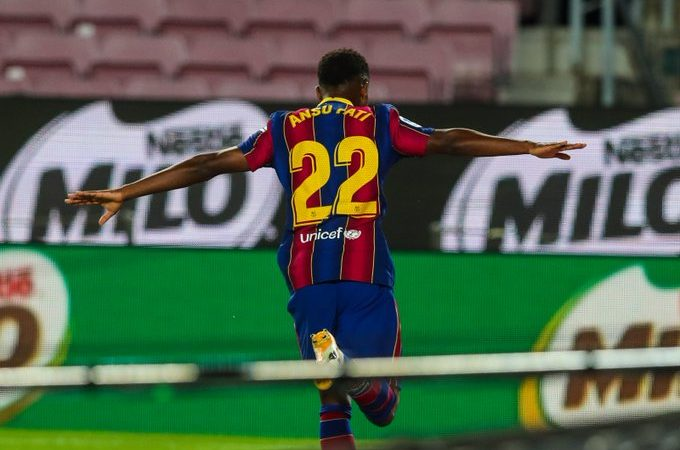 Barcelona golea en su debut de LaLiga