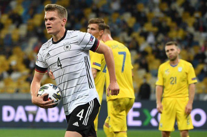 Triunfo sufrido de Alemania sobre Ucrania