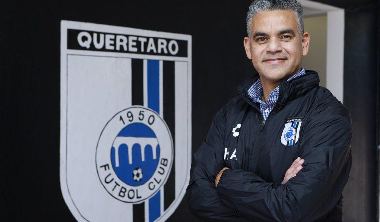 OFICIAL: Querétaro confirmó a Héctor Altamirano como su nuevo entrenador