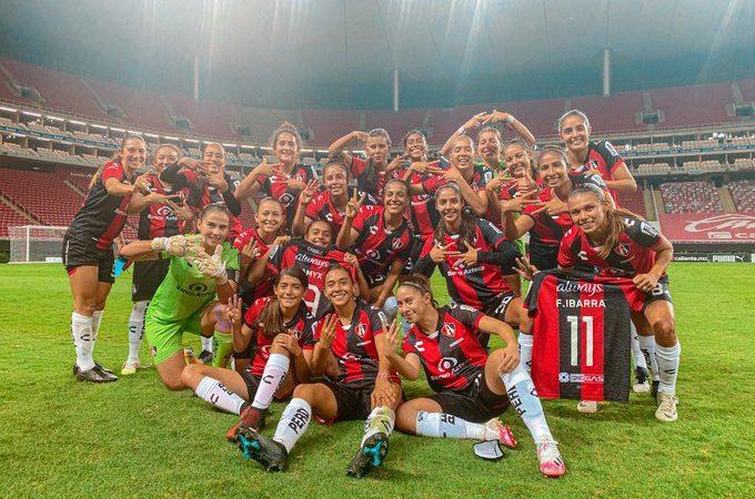 Chivas cayó por primera vez en la Liga MX Femenil ante el Atlas