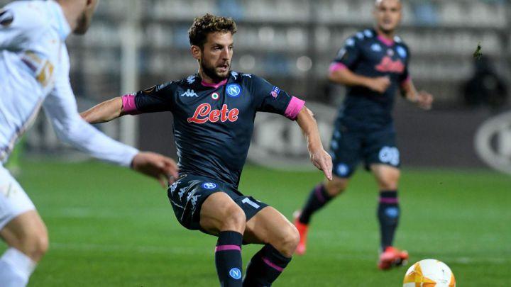 Napoli saca un triunfo con mucha fortuna en la Europa League