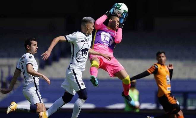 Pumas accede a las semifinales con un empate sufrido ante Pachuca